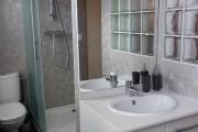 Gite Armonui - Appartement Lune piece d'eau